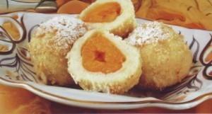 Кнедлики с абрикосами